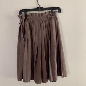 Boutique Pleaded Skirt
